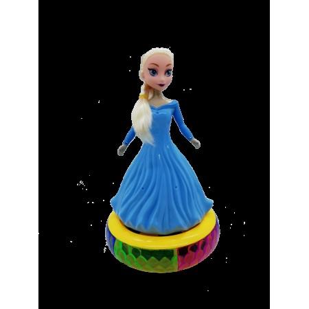 Танцуваща и пееща на сцена кукла Елза с LED светлина.